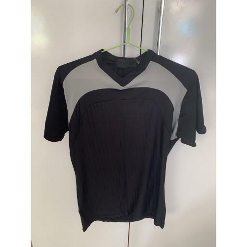 woman sport t-shirt